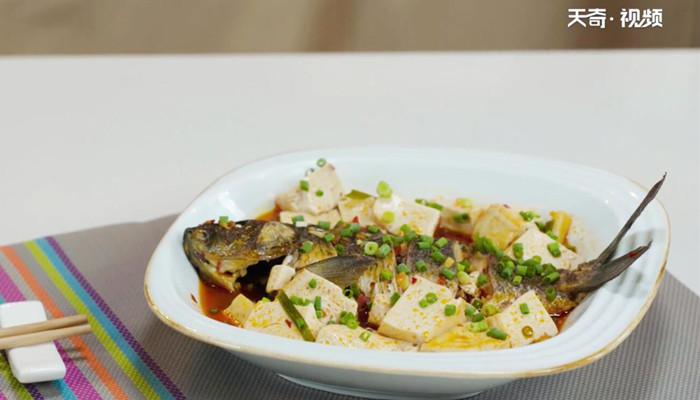 豆瓣豆腐烧鲫鱼做法步骤:9