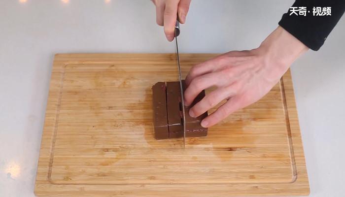 酸菜鸭血粉丝汤做法步骤:2