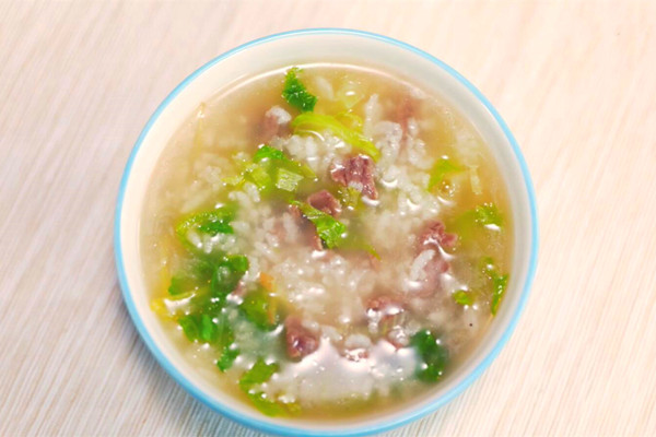 牛肉蔬菜粥做法步骤:7