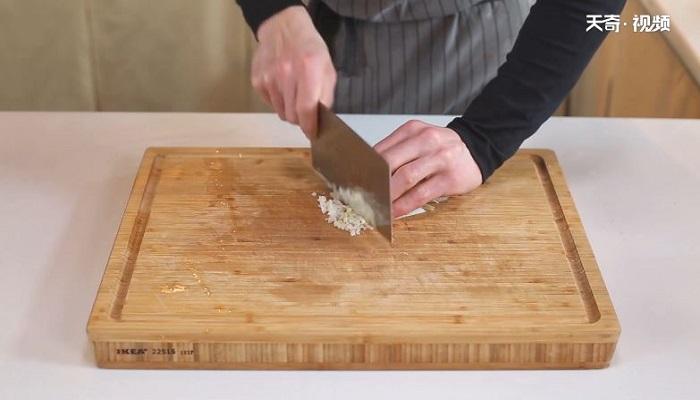 红烧大虾做法步骤:5