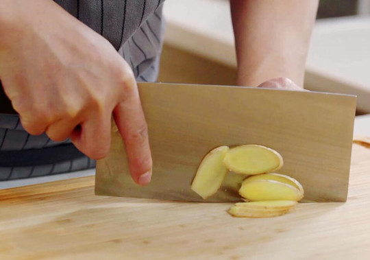 茶树菇排骨汤做法步骤:4
