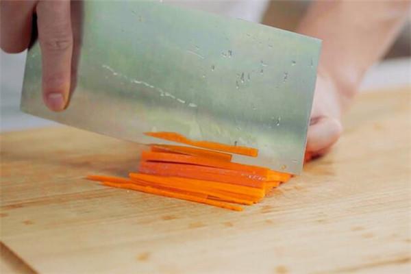 素炒金针菇做法步骤:3