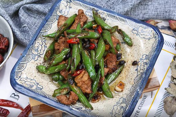 辣椒炒肉做法步骤:9