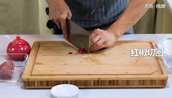 苦瓜炒肉做法步骤:5