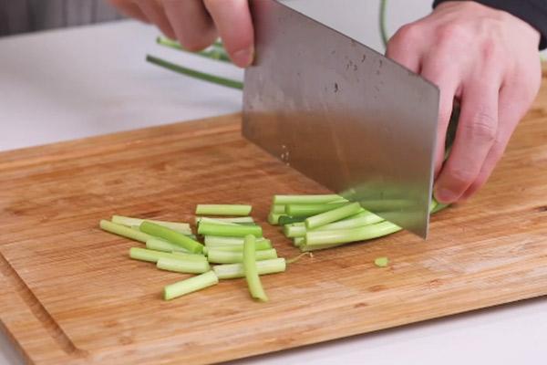 蒜苔炒肉做法步骤:4
