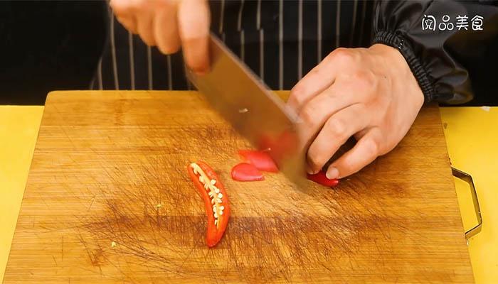 苦瓜回锅肉做法步骤:4