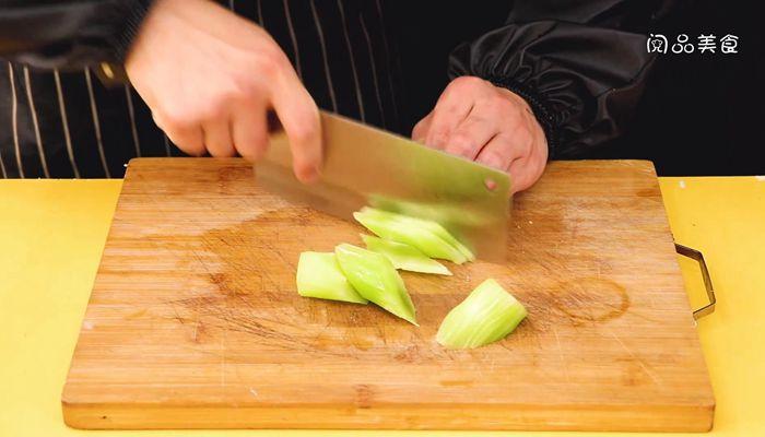 藤椒水煮牛肉做法步骤:4