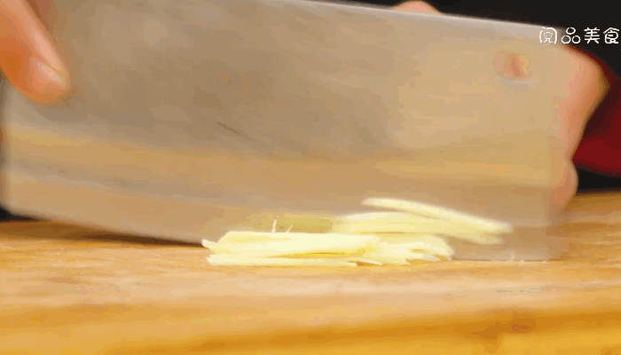 尖椒炒牛肉做法步骤:5