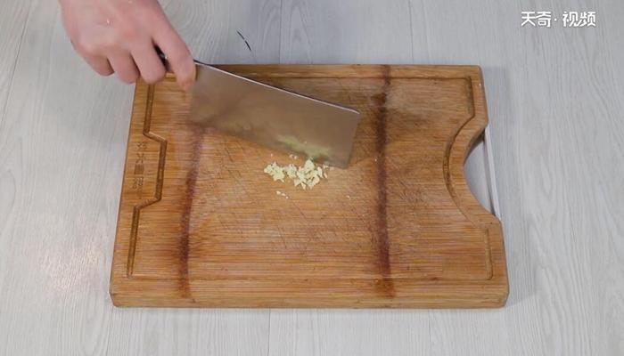 凉拌黄花菜做法步骤:8