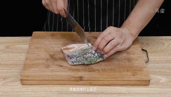 酸辣鱼三鲜做法步骤:2