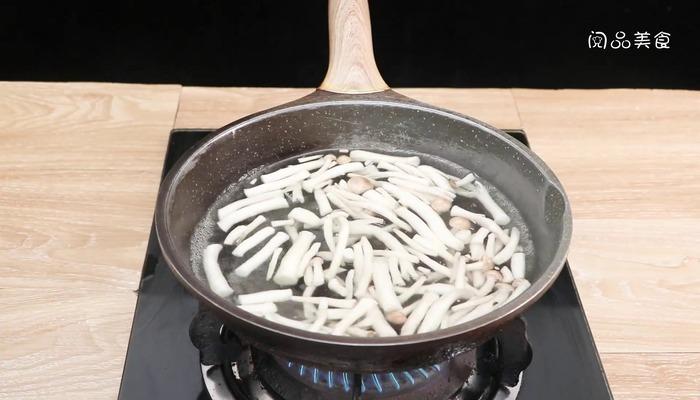 肉末蟹味菇做法步骤:7