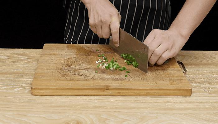 羊肉丸子汤做法步骤:6