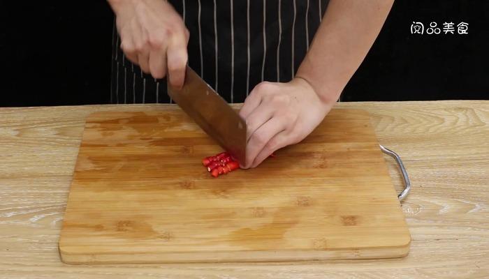 玫瑰油鸡做法步骤:4