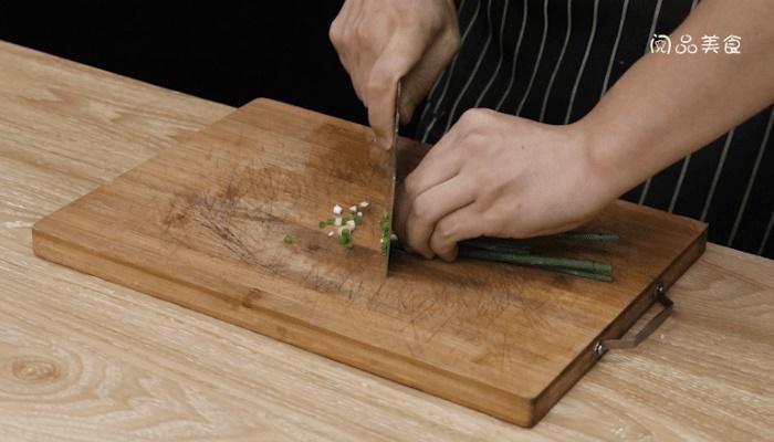 肉末胡萝卜丝做法步骤:4