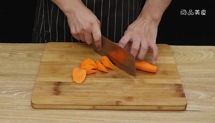 胡萝卜牛骨汤做法步骤:3