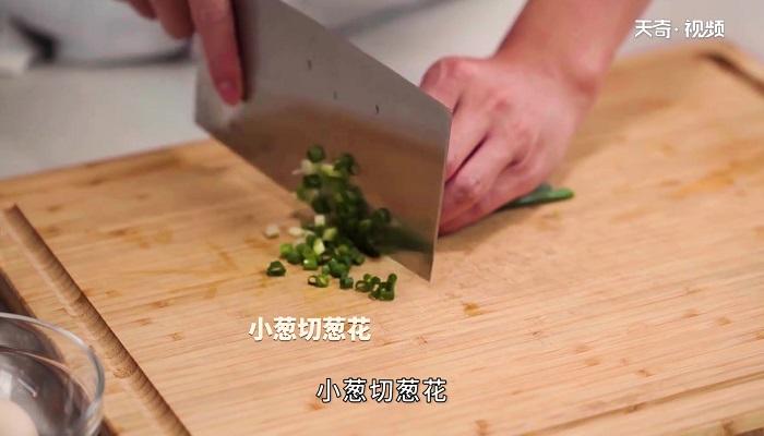 蚝油口蘑茭白做法步骤:6
