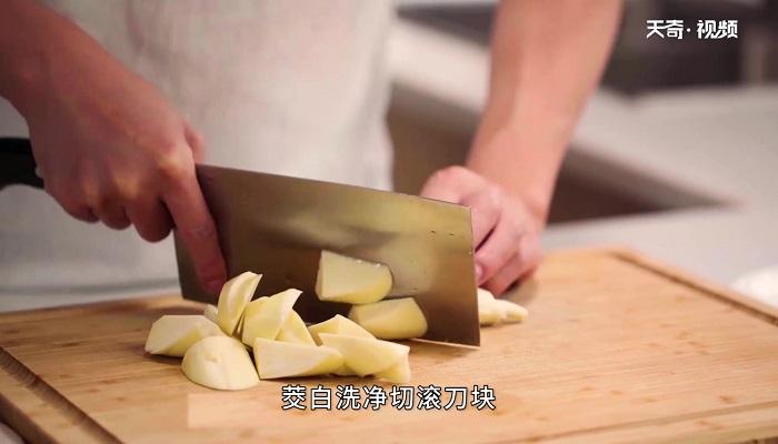 蚝油口蘑茭白做法步骤:2