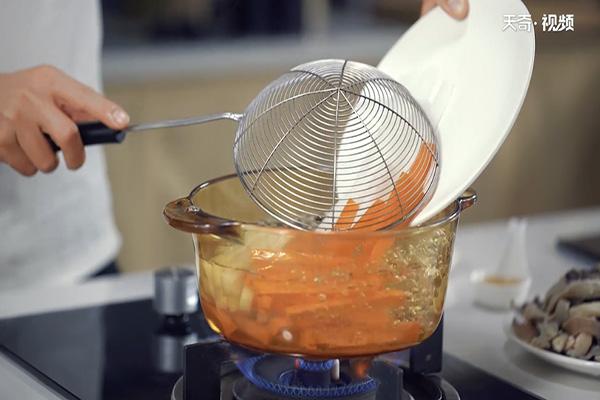 香辣羊杂煲做法步骤:10