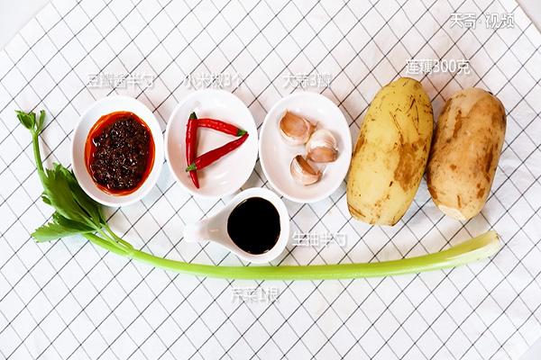 湘乡回锅藕做法步骤:1